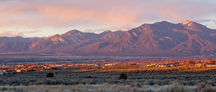 10 Reasons to Move to New Mexico From California